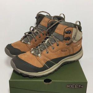 KEEN Terradora Leather Hiking Boots Size 10 NIB
